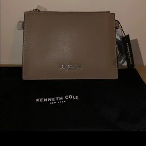 Kenneth Cole small hand purse